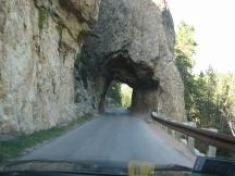 Tunnel am Needles Highway im Custer SP