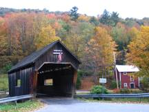 Warren Covered Bridge in der Ortschaft Warren, VT