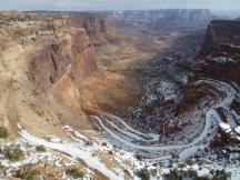 verschneiter Shafer Trail im Canyonlands NP