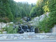 Wasserfall an der Stevens Canyon Road im Mt Rainier NP
