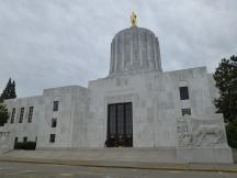 Oregons State Capitol in Salem